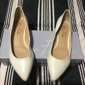 Marc Fisher MF Florado White Flats